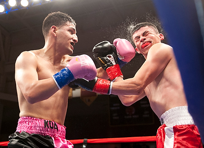 Holmes wins pro debut by KO
